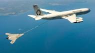 Armee gelingt Drohnen-Betankung im Flug
