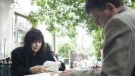 Die österreichische Schrifstellerin spricht im Wiener Café Rüdigerhof mit Marcel Beyer über ihr Lebenswerk.