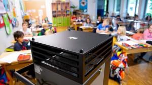 Bund fördert nun auch Beschaffung mobiler Luftfilter in Schulen