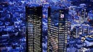 26 Millionen Euro Abfindung für drei scheidende Banker
