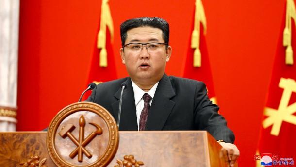 """Kim Jong-un spricht von """"düsterer Wirtschaftslage"""""""