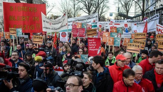 Proteste gegen Stellenabbau bei Siemens
