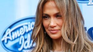 J.Lo gibt WM einen Korb