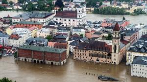 Katastrophenalarm in mehreren Städten