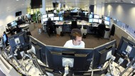 Gearbeitet wird immer - wie in diesem Hamburger Großraumbüro des Energiekonzerns Vattenfall