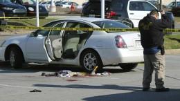 Dreijährige schießt auf schwangere Mutter
