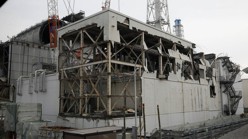 Das zerstörte Turbinenhaus von Fukushima
