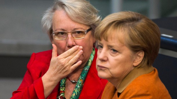 Schavan and Merkel in Berlin