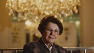 Die Prinzipalin: Liesel Christ 1994 in dem von ihr geleiteten Frankfurter Volkstheater