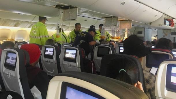 37 Verletzte bei Turbulenzen auf Flug nach Sydney