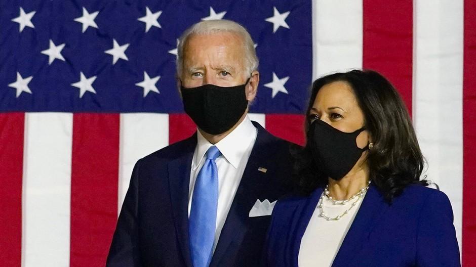 Der Präsidentschaftskandidat und Ex-Vizepräsident Joe Biden mit Kamala Harris, der ersten schwarzen Vizepräsidentschaftskandidatin in den Vereinigten Staaten