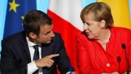 Frankreichs Präsident Macron will mit seinen Euro-Plänen die Koalitionsgespräche in Deutschland beeinflussen.