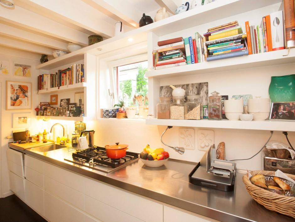 schmale kche schmale kuche einrichten ideen im altbau. Black Bedroom Furniture Sets. Home Design Ideas