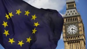May will harten Brexit auch gegen das Oberhaus durchsetzen