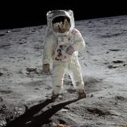 Die erste Mondlandung eines Menschen jährt sich gerade zum 50. Mal und die Vereinigten Staaten  wollen schon bald wieder Astronauten dort herumlaufen lassen.