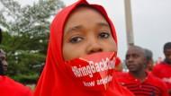 Verhandlung über Austausch entführter Mädchen