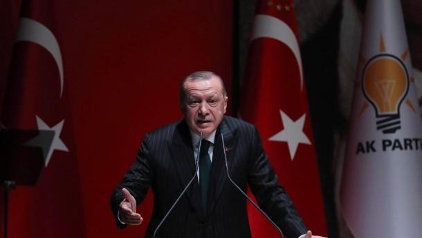 Türkische Wirtschaft so schwach wie seit Putschversuch nicht mehr