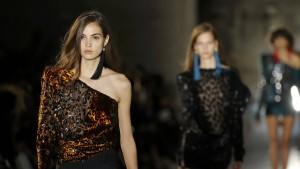 Glänzender Auftakt bei der Pariser Fashion Week