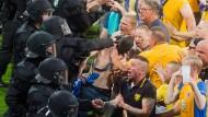 Wolfsburger müssen in der Kabine feiern