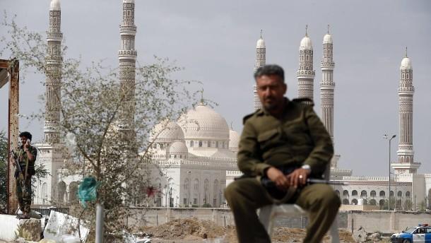 14 Zivilisten bei Luftangriff auf Stadt Marib getötet
