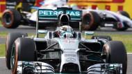 Lewis Hamilton muss beim Qualifying in Suzuka seinem Teamkollegen den Vortritt lassen