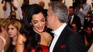 """Süßholzgeraspel im Hause Clooney: """"Baby, in Syrien herrscht Krieg"""":"""