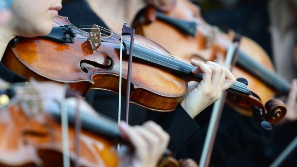 Orchester probt für den Weltrekord