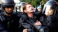 Demonstranten besetzen Regierungsgebäude in Taiwan