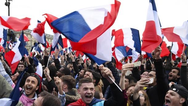 Macrons Bewegung könnte Mehrheit erreichen
