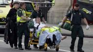 Polizei geht vorerst von terroristischem Angriff  aus