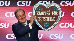 Profitiert Laschet vom Merkel-Effekt?