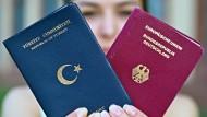 CSU: Der deutsche Pass ist kein Ramschartikel