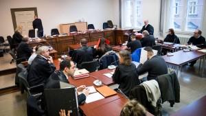 Neuer Prozess um Strafmaß nach Gruppenvergewaltigung