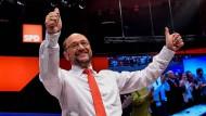 Daumen hoch – aber reicht das, um die Bundestagswahl zu gewinnen? Martin Schulz am Sonntag in Dortmund