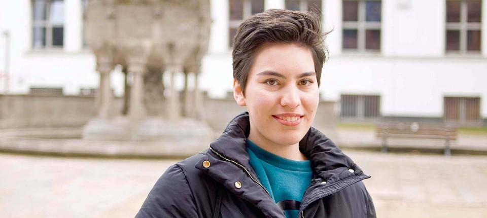Faina yunusova hat in moskau zu viele kritische fragen for Hochschule gestaltung offenbach