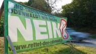 Klare Ansage: Im Odenwald sind Windräder vielerorts nicht willkommen.