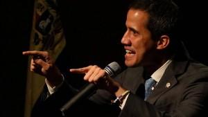 Guaidó ruft Anhänger zu Massenprotesten am Dienstag auf