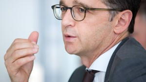 Maas hält AfD-Wahlprogramm für verfassungswidrig