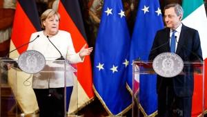 Merkel zu Besuch bei Ministerpräsident Draghi