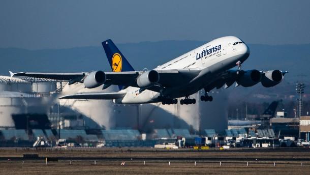 Software-Panne bei Flugsicherung dauert an