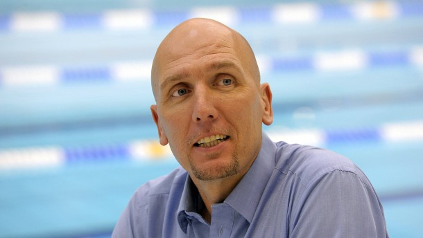 Synchron-Schwimmer gesucht