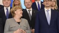 Bundeskanzlerin Angela Merkel und der polnische Ministerpräsident Mateusz Morawiecki in Warschau.