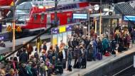Fährt wieder nichts? So sah es beim Lokführer-Streik vergangenen Herbst in Hamburg aus.