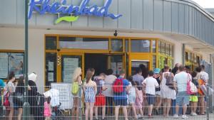 Düsseldorf führt Videoüberwachung im Rheinbad ein