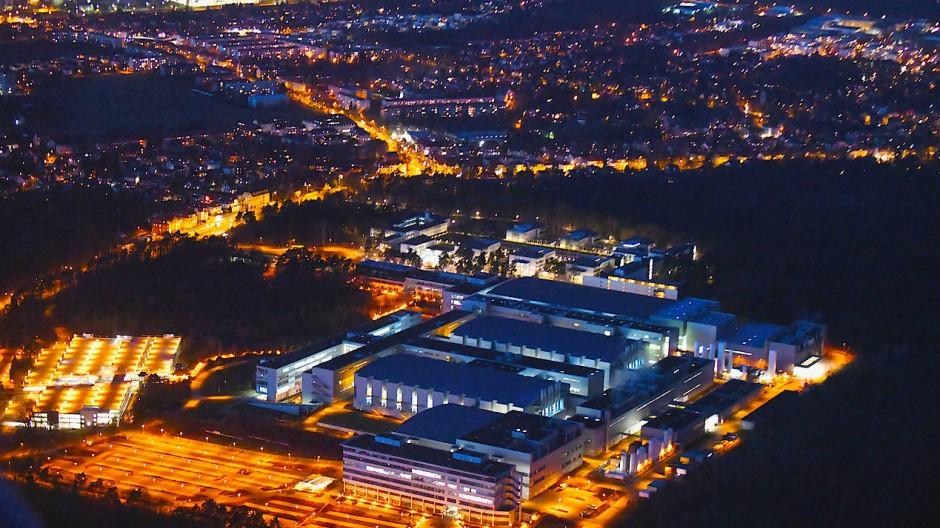 Infineon-Werk in Dresden: Der Chiphersteller ist eines von vielen internationalen Unternehmen, das in das Silicon Saxony investiert.