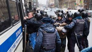 Dutzende Festnahmen bei Demonstrationen in Moskau