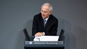 Schäuble fordert Männer zu mehr Hausarbeit auf