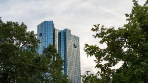 Wieso ist die Deutsche Bank noch im Dax?