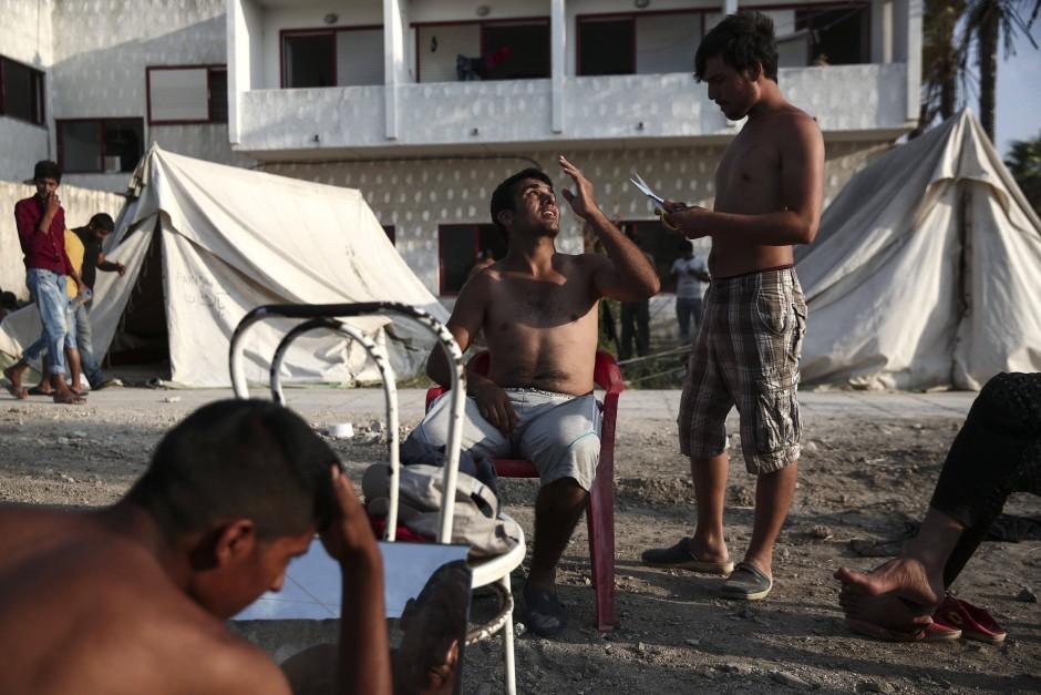 """Das ehemalige Hotel """"Captain Elias"""" bietet vielen Flüchtlingen ein Dach über dem Kopf"""