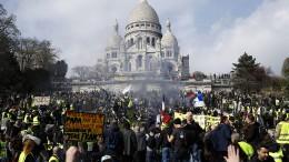 """Tausende """"Gelbwesten"""" protestieren unter massiven Sicherheitsvorkehrungen"""
